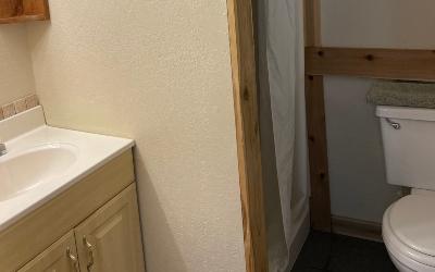 bathroom in Cedar View Cabin
